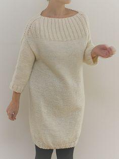Платье кокон оверсайз без швов с описанием от Takako Takiguchi.