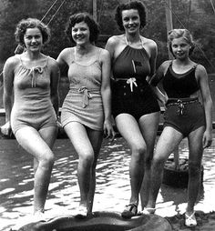 The Black Gold Festival - Appalachian History. This festival traces its roots to the Hazard Coal Carnival, which began in The Perry County beauties pictured here competed in the Miss Coal Carnival pageant, one of the highlights of that first carnival. Vintage Bathing Suits, Vintage Swimsuits, Vintage Photographs, Vintage Photos, Vintage Outfits, Vintage Fashion, Steampunk Fashion, Gothic Fashion, Bathing Beauties
