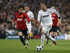 Shinji Kagawa(Manchester United) and Cristiano Ronaldo(Real Madrid) @2013.02.13, CL Round16 1st reg