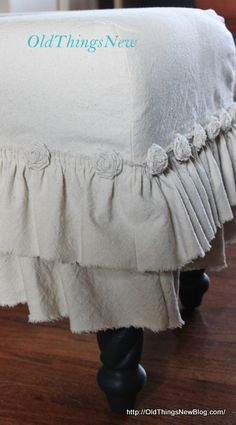 DIY How to make a Dropcloth Slipcover for an old bench #diy #craft #tutorial
