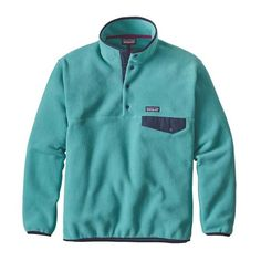 Snap-T® pullovers and well-used multitools: You never realize how much you need them until one goes missing. Made to exceptionally high standards from warm and durable double-faced 100% polyester fleece (solids, 86% recycled; heathers, 80% recycled, the heavyweight Synchilla® Snap-™ Pullover has a low-sheared face on both sides to trap body heat, hold off light wind and resist abrasion. Y-Joint sleeves provide increased mobility through the shoulders and arms; other details include a…