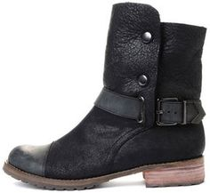 olivia palermo shoes-matt bernson tundra boot