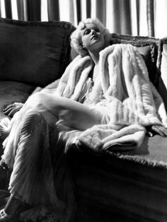 Google Image Result for http://imgc.allpostersimages.com/images/P-473-488-90/37/3707/5NAAF00Z/posters/jean-harlow-in-a-white-gown-and-white-fur-coat-1930s.jpg