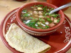 Lo mas esencial el la Cocina Mexicana  BEAUTIFUL