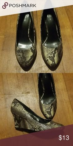 SNAKESKIN WEDGES Like New!  Small 3 inch wedge, super cute!! Express Shoes Wedges