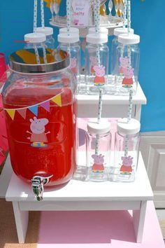 #peppapig Pig Birthday Cakes, Birthday Tags, 4th Birthday Parties, Baby Birthday, Birthday Party Decorations, Birthday Celebration, Fiestas Peppa Pig, Cumple Peppa Pig, Baby Party