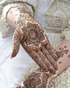 Mehndi Tattoo, Henna Tattoo Designs, Mehndi Art, Henna Mehndi, Hand Henna, Arabic Henna, Henna Art, Henna Designs Easy, Beautiful Henna Designs