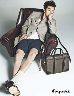 How does a guy carry a man purse? Hotel King's Lee Dong Wook shows you how in the June issue of Esquire Korea, as he proudly brandishes a collection of them by COACH. Korean Men, Korean Actors, Korean Dramas, Lee Min Ho, Asian Boys, Asian Men, Man Lee, Lee Soo, Lee Dong Wook