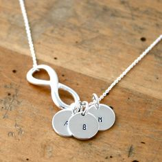 10 Gift For Girlfriends Mom Images Girlfriends Mother Girlfriend Gifts Gifts For Mom