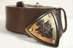 Gucci Mens Leather Emblem Belt