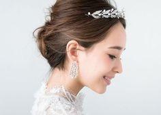 プリンセスになりたい花嫁の為のヘアアクセサリー♡『ティアラ』が可愛いブライダルヘア15選*のトップ画像