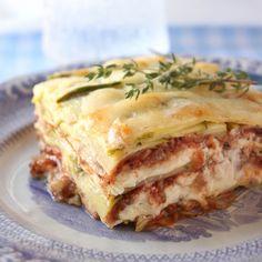Sesongin herkullisin kolmen juuston kesäkurpitsalasagne | Kulinaari