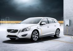 2013 Volvo V60 Plug-In Hybrid (38)