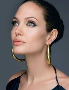 Angelina - simply perfect :)