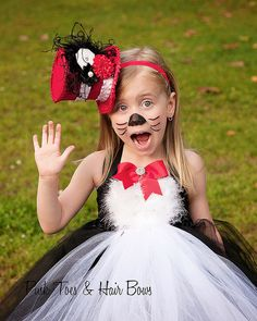 Cat in the Hat Tutu dress- Cat in the Hat tulle dress- Cat in the Hat dress- Cat in the Hat costume Book Costumes, Book Week Costume, Tutu Costumes, Halloween Costumes, Mouse Costume, Family Costumes, Halloween 2017, Family Halloween, Halloween Stuff