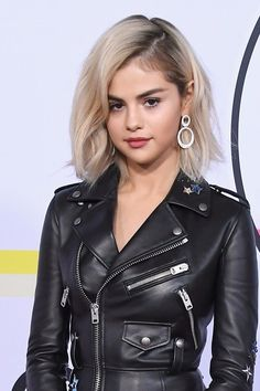 Selena Gomez Might Be Playing Sabrina the Teenage Witch