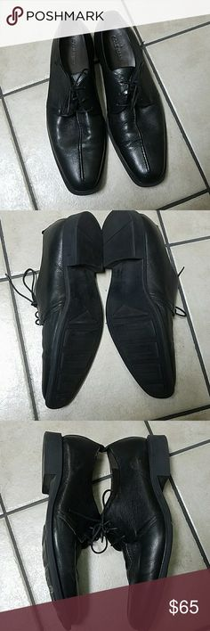 Cole Haan Black Center Seam Oxford Size 11 Cole Haan mens black center seam oxford dress shoes. Tread on bottom still looks great. Worn only once. Style No C12541 Cole Haan Shoes Oxfords & Derbys