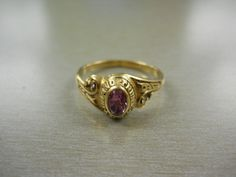 Recognize this ring? If you can prove this item belongs to you, please contact EPSPinterest@edmontonpolice.ca with specific details that identify the item, as well as any form of proof that it belongs to you. Only individuals providing specific information will be contacted. item belong, provid specif, specif detail, individu provid