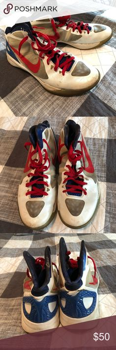 best service 64b77 8e83e NIKE ZOOM HYPERDUNK 2011- BLAKE GRIFFIN In 2011, Blake Griffin released  these LIMITED