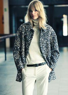 Leopard print oversize coat