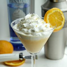 Mimosa Creamsicle. Ingredients: 1 and 1/4 cups of orange juice 1/2 cup of cream 1/4 cup of sugar 2 teaspoons of grated orange peel 1 bottle of champagne or