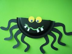 This is a project that I found in a magazine years ago. I adapted it for my young crafters and have used it over and over in my classes. Its a crowd pleaser. Boys are especially fond of this project. My spider is made from a 7 black plastic plate, has posterboard legs, foam teeth and wiggle