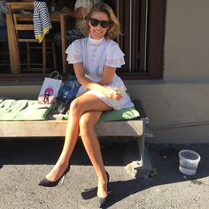 En sann bestevenn vet hva hun skal ta på seg en vanlig mandag. The Iris dress & @vanessarudjord ❤️