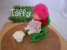 boneca bebê moranguinho cerejinha da estrela antiga 40,00