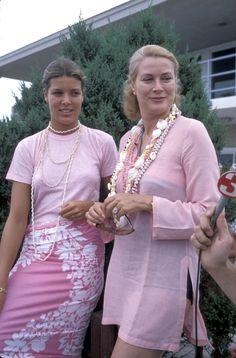 Las princesas Carolina y Grace de Mónaco.