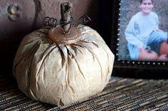 Mamie Jane's: Inspiration Friday - Coffee Filter Pumpkin