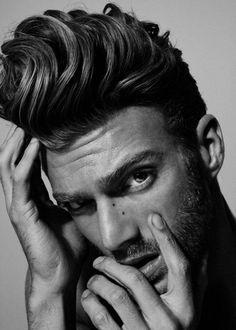 Los mejores cortes de cabello para hombre 2015. *Tupé alto*
