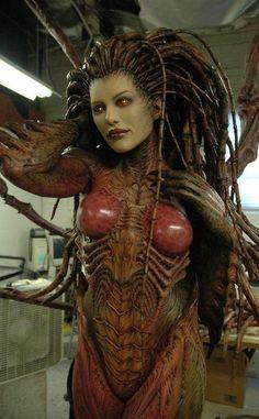 Zerg Queen cosplay by Tasha (Starcraft 2)