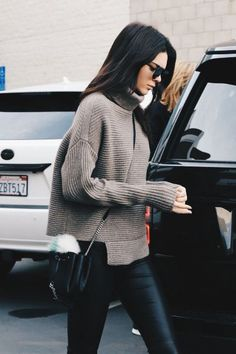 Cool Ways To Wear The Turtleneck Trend This Season