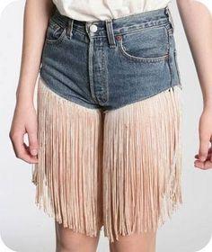 Was man alles mit Jeans anstellen kann... Muss aber wirklich nicht sein.