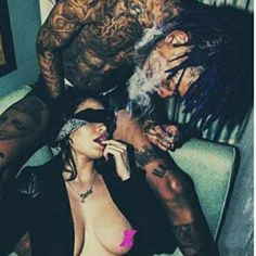 LAWD, NO! ... Y'all hear about a #WizKhalifa sextape being shopped around!? ... Well, the rapper claims he didn't know he was being filmed with #Playboy model #CarlaHowe (yea, okay) and supposedly he'll sue if the tape gets out. Nooo! Don't release it  lol  #OooLaLaBlog #celebgossip #celebsexposed #celebsextapes #dontnobodywannaseethat