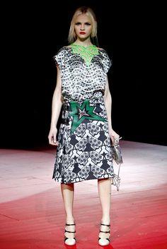 Miu Miu Spring 2011 Ready-to-Wear Fashion Show - Ginta Lapina (Women)