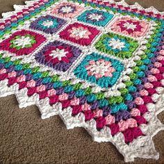 Ta-da! Framed Garden blanket - All pattern info @ babylovebrand.net #etsy #ravelry #crochet #attic24