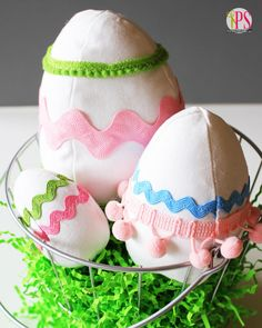 Fabric Easter Eggs @Amy Bell {Positively Splendid}