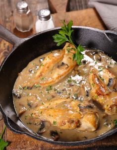 Mets, Thai Red Curry, Chicken, Ethnic Recipes, Main Courses, Sauce, Food, Instant Pot, Essen