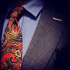 todaystie:  Paul Smith shirt -Etro tie- Gant jacket -Alexander Olch pocketsquare