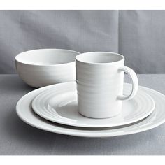 Roulette Dinner Plate & 14 Beautiful and Inexpensive Dinner Plates by Amy Suardi: REACTIVE ...