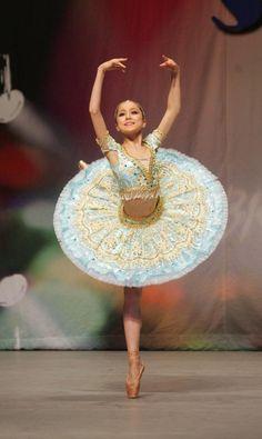 Miko Fogarty                                                                                                                                                                                 Mais Tutu Ballet, Ballerina Tutu, Ballerina Dancing, Ballet Dancers, Ballerinas, Little Ballerina, Tutu Costumes, Ballet Costumes, Dance Quotes