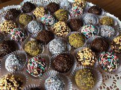 Le palline di cioccolato sono dei dolcetti semplici da preparare. E' una ricetta versatile che si presta a molte varianti secondo i gusti.