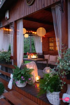 Hut House, Tiny House Cabin, Gazebo On Deck, Pergola, Bahay Kubo Design, Mountain Home Exterior, Bamboo House Design, Small Modern Home, House Plants Decor