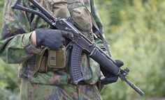 Puolustusvoimien viestintäjohtaja, kommodori Jan Engström ei kiistä, etteikö puolustusvoimissa esiintyisi häirintää tai joissakin tapauksissa myös väitettyä naisvihamielisyyttä