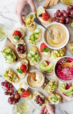 These easy, fresh crostini are delicious healthy appetizers! With 6 flavor ideas, you'll find something for everyone. We especially love the Rosemary & Roasted Grape and the Jalapeño Lime & Corn Ceviche. Crostini Appetizers Recipe, Best Party Appetizers, Healthy Appetizers, Appetizer Recipes, Healthy Snacks, Popular Appetizers, Thanksgiving Appetizers, Dinner Recipes, Hummus Flavors