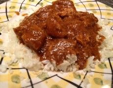 """Low carb and keto recipes: Indian butter chicken over cauliflower """"rice"""""""