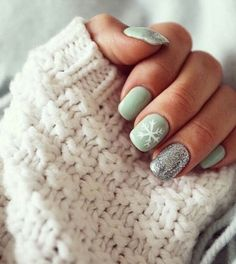 Winter nails! #Love #WinterNails #SnowflakeNails #NailArt #Manicure