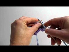 (4) Really Clear: Weaving in Ends as You Go (cc) - YouTube