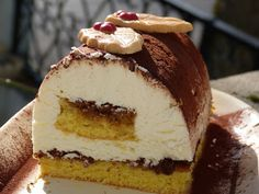 Classy, chic, chocolate ...: Buche like a cheese cake for Christmas